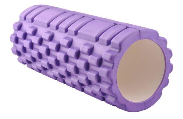 Fioletowy roller do jogi oraz masażu z wypustkami