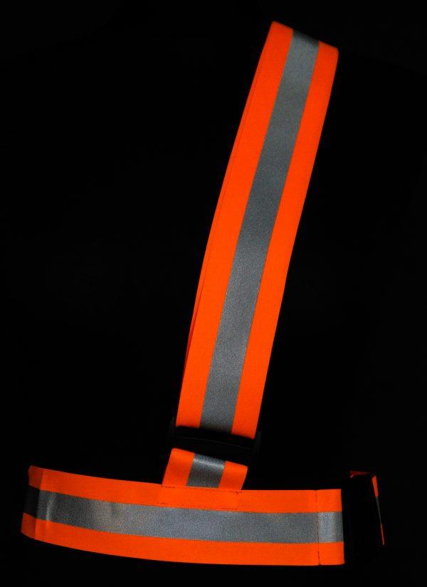 Pomarańczowy pas odblaskowy na ramię dla sportowca